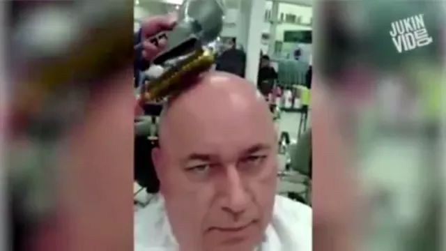 In hair salon, a man wants to make a new hairstyle