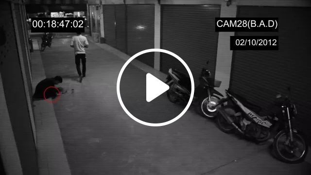 Camera Recording Man In Chinese Street - Video & GIFs   camera recording, high definition, poor men, Chinese streets