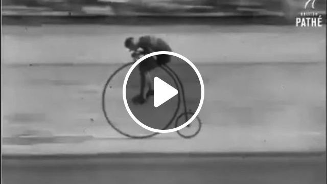 Bike Race With Very Big Wheel - Video & GIFs | competitions, sports, cycling, racing, wheels