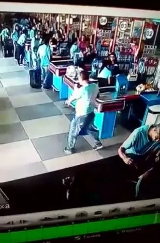 a man reacted quickly to a soda can in supermarket