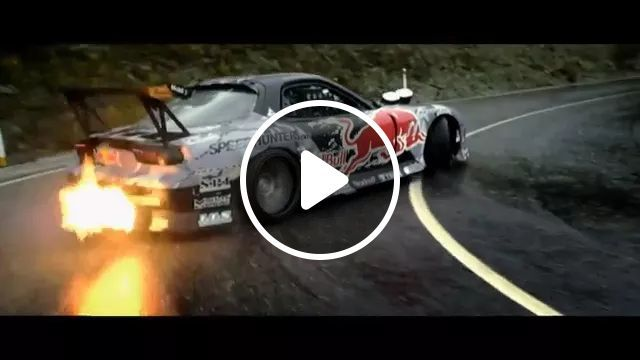 Amazing Luxury Car Drifting On A Highway - Video & GIFs | luxury cars, drift, track, red bull, performances, fire