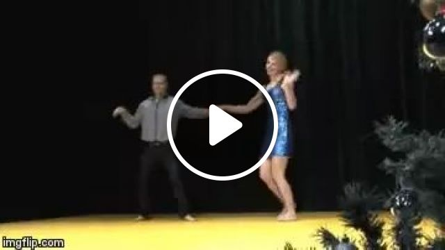 Girl Dancing With New Movements - Video & GIFs | Girl, female fashion, dancing, performing