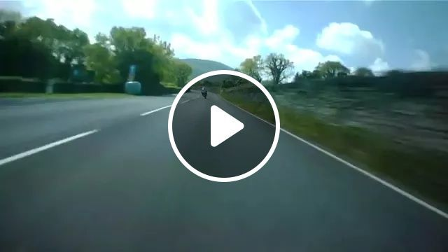High-speed motorbike running on American streets, sports motorcycle, high speed running, American street