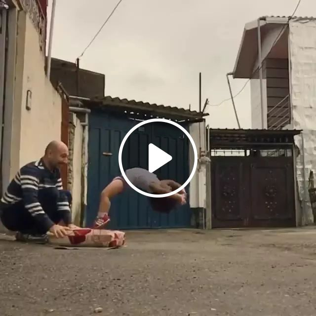 child has a very good acrobatic ability