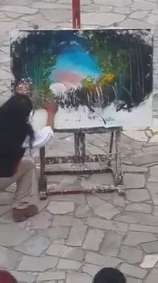 Street painter is painting on American streets