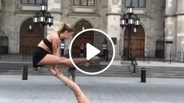Girls practicing yoga on the street, talented girls, fashionable clothes, yoga practice