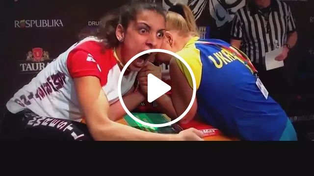 Queen Of Night's Arm Wrestling - Video & GIFs   women's sports, sports clothes, healthy girls