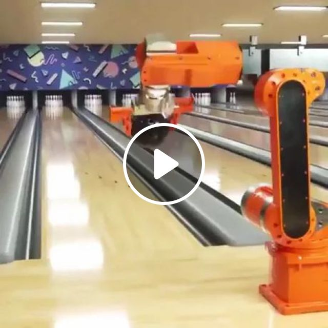 Robotic Arms Can Play Bowling - Video & GIFs   robot arm, bowling, automatic technology