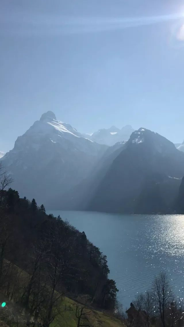 Switzerland travel, It's impossible to drive through Switzerland without stopping every 5 minutes. This was Lake Lucerne, near Brunnen.