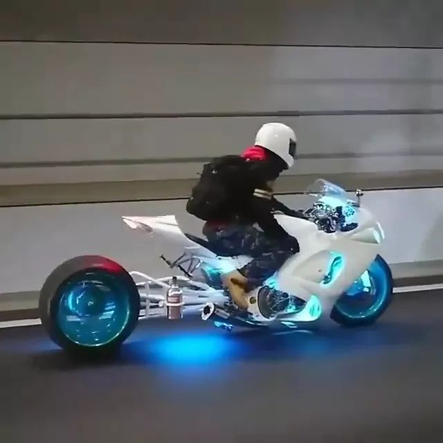 a man driving a beautiful white sports motorcycle - Video & GIFs | Man, male fashion, safety helmet, sports motorcycle, white, beautiful.