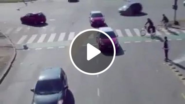 Perfect Driving On The Road - Video & GIFs   street, traffic, luxury vehicles, trucks