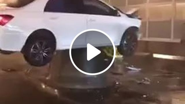 Luxury Cars Are Waiting For Insurance Staff To Pay. - Video & GIFs | Luxury car, waiting, insurance, pay, street, car insurance