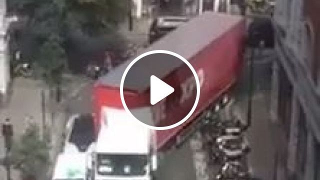 Performance Tractor Trucks Avoid Luxury Cars And Motorcycles On The Street - Video & GIFs   Tractor trucks, luxury cars, sports motorcycles, American streets