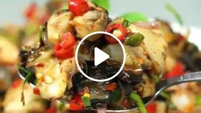 Fried Snail With Lemongrass And Chilli - Video & GIFs   snail, stir-fry, lemongrass, chili, cooking