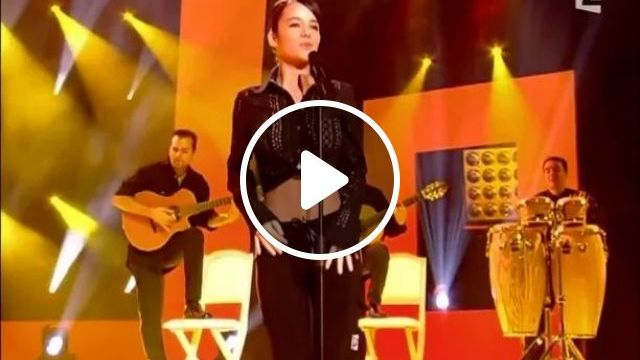 Fashion Girls Perform Very Well - Video & GIFs | Fashion girls, musical instruments, performances, theater