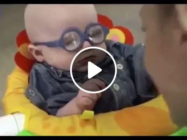 Baby Sees Her Mom for First Time, Cute baby, children's fashion clothes, myopia eyeglasses