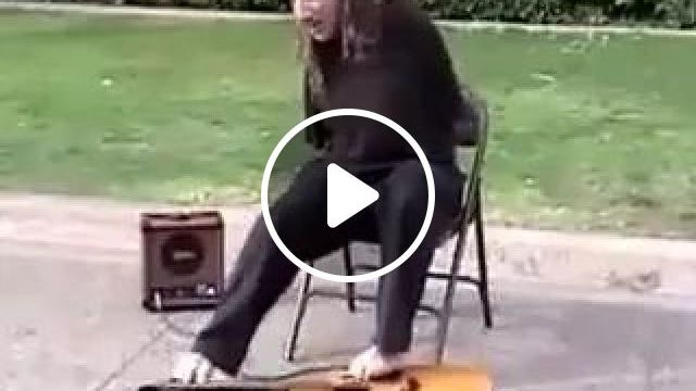 Foot Playing Guitar Super Star - This Is Awesome! - Video & GIFs   Guitarists, musical instruments, talented men