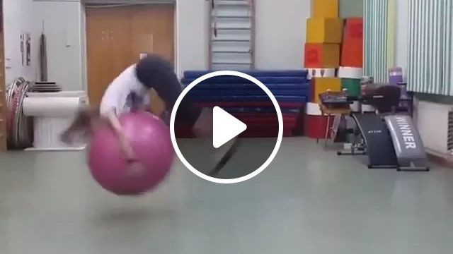 Acrobatic girl with rubber ball, acrobatics, girls, sports shirts, sports, rubber balls