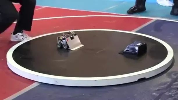 Automatic moving robots are very flexible - Video & GIFs | Automatic robot, robot technology, scientific research