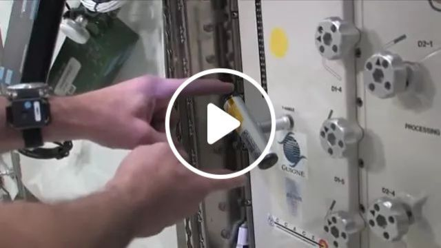 Humans On A Ship Gravity-free Space Travel - Video & GIFs | universe, travel, spacecraft, gravity, automatic machines, technology