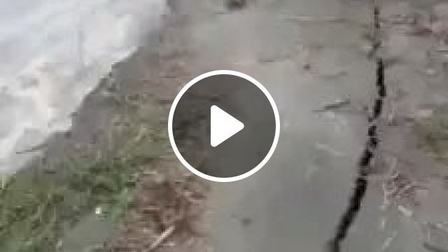 River Bank Erosion - Video & GIFs   stupid, water, river, India travel
