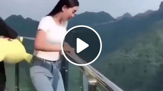 girl took a picture but unfortunately smartphone fell to ground, girl, took a picture, unfortunately, smartphone, fell, ground, China travel, camera