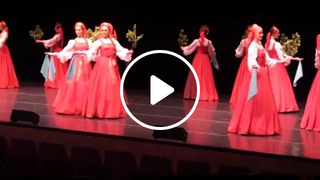 girls dance on the stage, cute girls, fashionable women dresses, dancing on stage