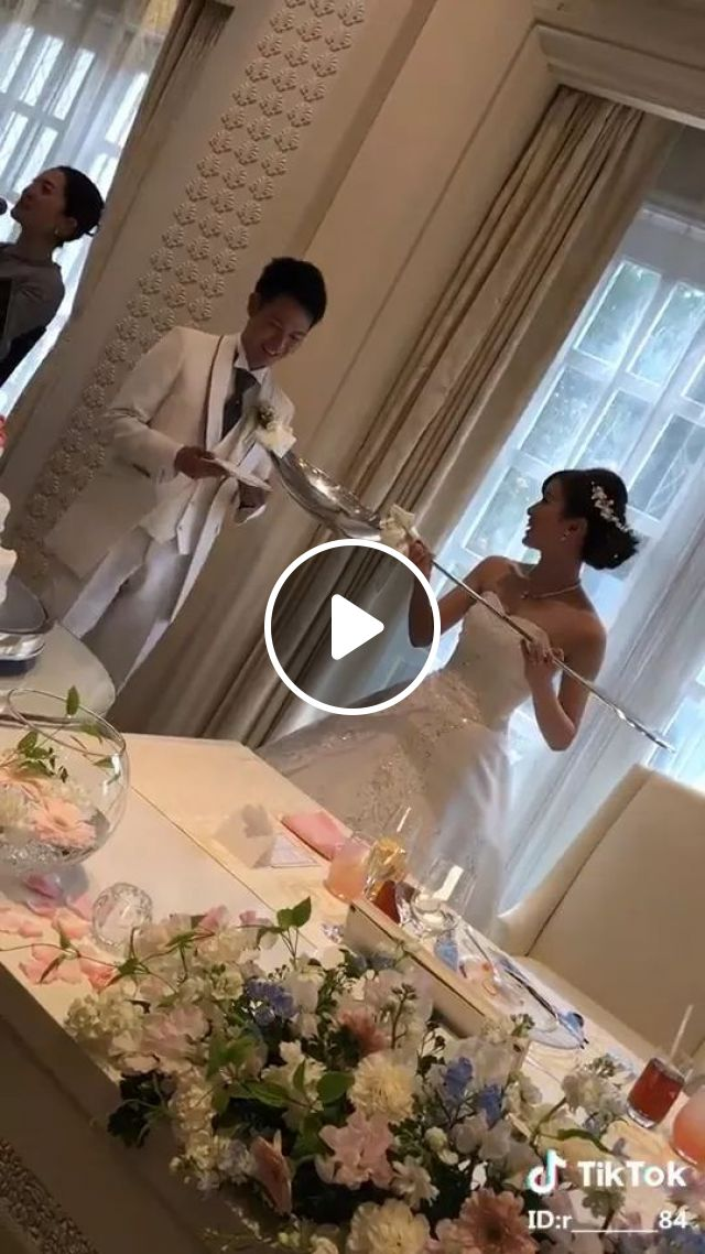 After Eating This Spoon, Follow Me Home - Video & GIFs | Wedding cake, delicious food, wedding fashion, funny bride, interior restaurant