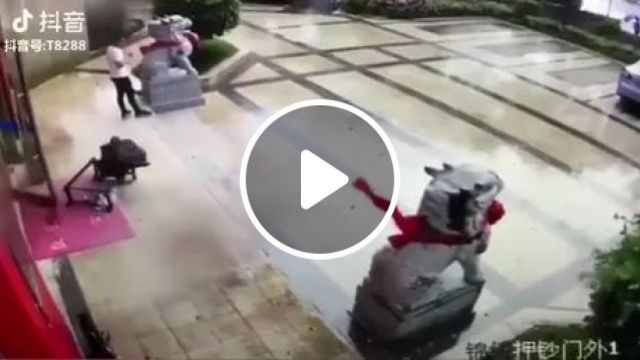 Rain And Strong Wind In Front Of Phone Store - Video & GIFs   phone shop, man, men's fashion, umbrella, china