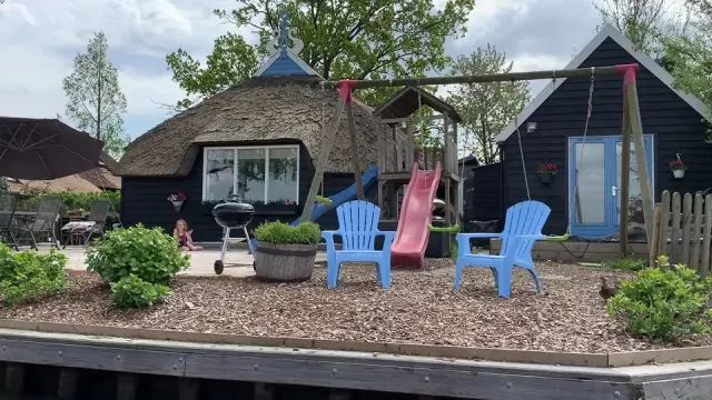 Day trip to Giethoorn, Netherlands, village without roads