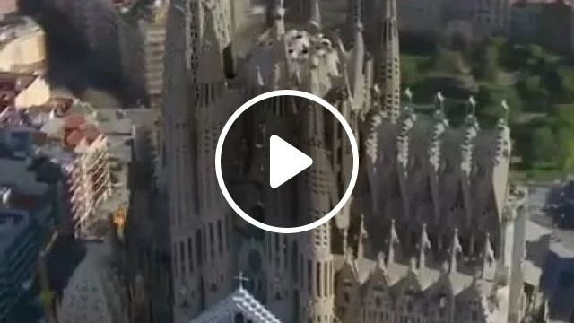 A Visualization Of Completion Of Gaudi's Sagrada Familia - Video & GIFs | technology, construction, architecture