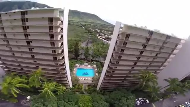 Parachute on high-rise hotel buildings