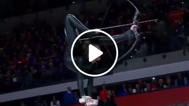 Talented Young Girl Performs Impressive Archery Trickshots - Video & GIFs | flexible, archery, talent, performance