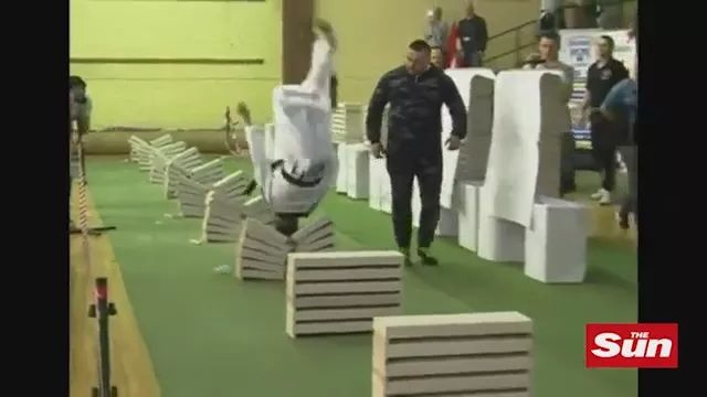 Teen Taekwondo Champion breaks 111 Concrete Blocks in 35 Seconds