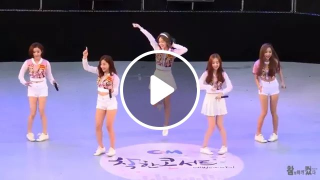 Girls With Dance Are Very Cute - Video & GIFs | Cute girl, female fashion dress, dance performance